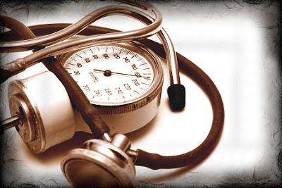 Pressione minima alta cause sintomi e rimedi for Sintomi pressione alta