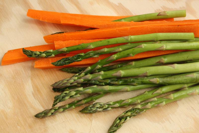 Centrifugato carote e asparagi