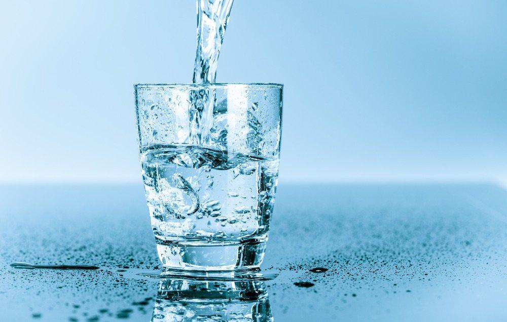 bere solo acqua fa dimagrire
