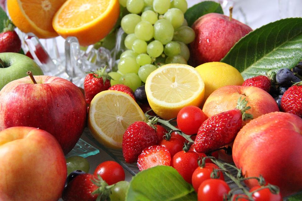 che tipo di frutta mangiare per perdere peso